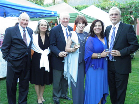 12-l-r-bill-sharon-fiedler-marty-and-peggy-joyce-martine-and-tony-amundson-2