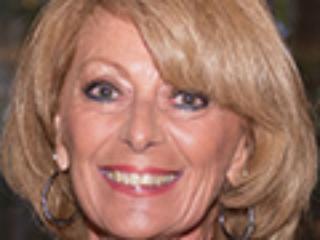 Immediate Past Chair House & Garden Tour - Sharon Hildebrandt