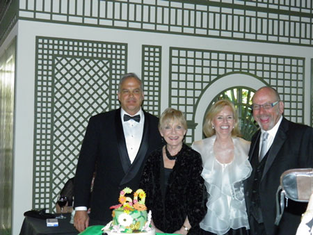 2-cocktail-party-l-r-scott-hansen-managing-director-at-bmo-harris-private-bank-sondra-quinn-ngc-president-roberta-ross-ngc-flower-show-chair-brian-holley-executive-dir-naples-botanical-garden